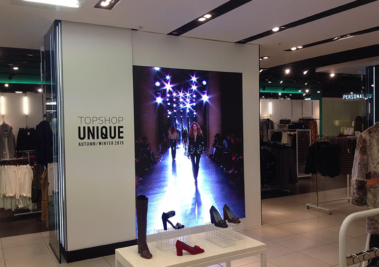 Retail Led Screens Fonix Led Bespoke Store Window Screens
